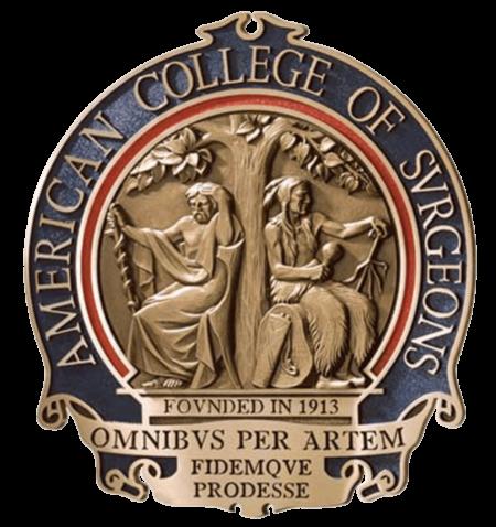colegio-americano-de-cirujanos-insignia